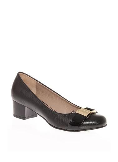 Pierre Cardin P109564 Kadın Topuklu Düz Ayakkabı Kahve